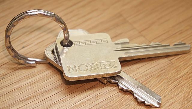 За время обучения за аренду квартиры студент отдась более полумиллиона рублей.