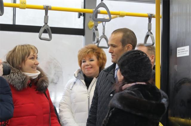 Михаил Игнатьев пообщался с горожанами.