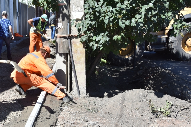 Работы на улице Чичерина планирую завершить в сентябре.