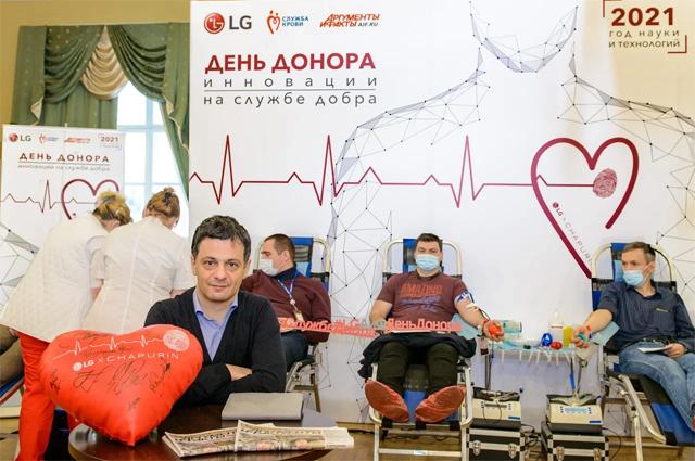Профессор РАН и Сколтеха Артем Оганов.