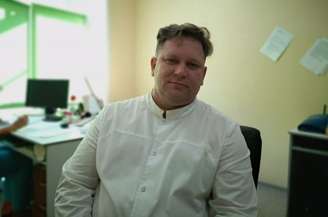 Врач-хирург-флеболог высшей категории Анатолий Русаков.