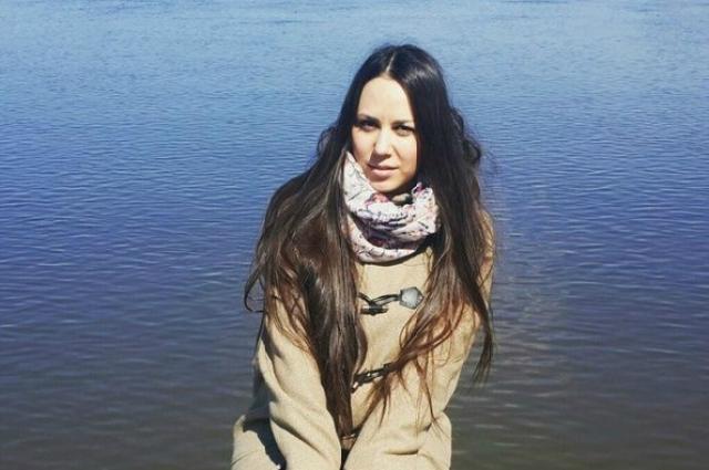 Марина Дербенева работает учителем истории, а свободное время посвящает сочинению стихов