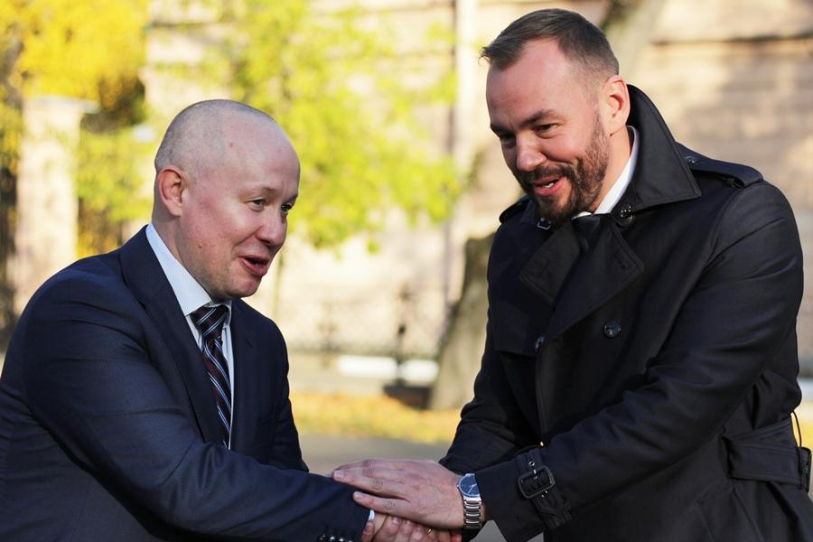 Ректор университета им. Лесгафта Сергей Петров (слева) и автор Всероссийского проекта
