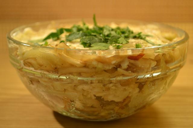 Израильский салат с капустой