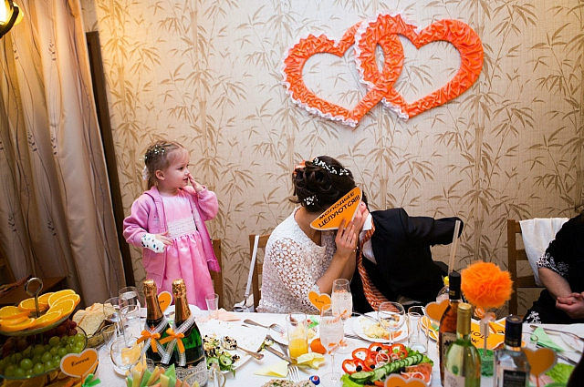 Дочка Лены подружилась со Славой.