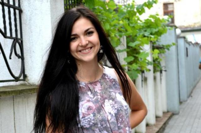 Евгения Ступина родила ребёнка в 16 лет и рада, что не решилась на аборт.