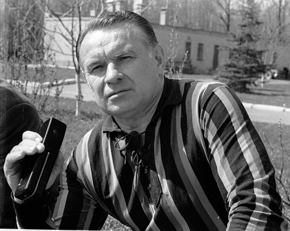 Константин Бесков.