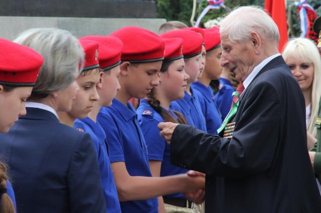 «На пользу ребятам пойдут и встречи с военнослужащими, особенно с нашими уважаемыми ветеранами».
