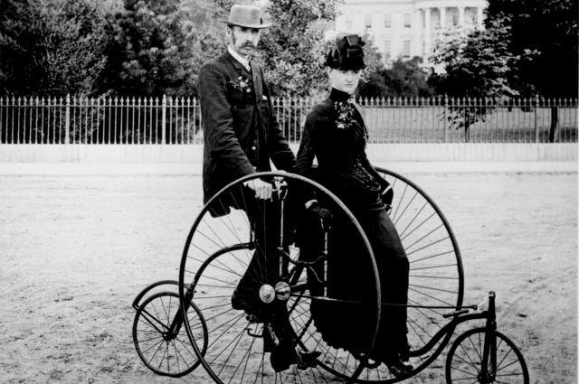 Велосипед изобрел крепостной крестьянин.