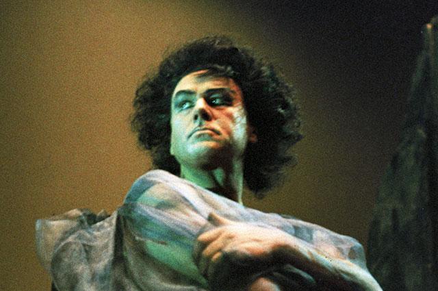 Артист театра оперы ибалета «Эстония» Георг Отс вглавной роли вопере Антона Рубинштейна «Демон». 1966 г.