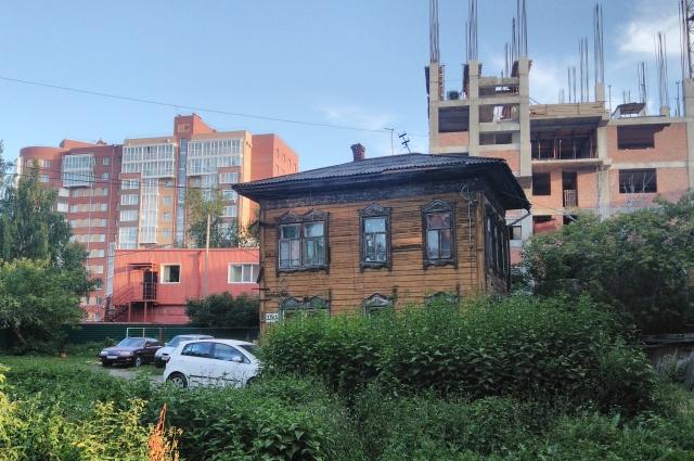 В новом Томске для деревяшек всё меньше места.