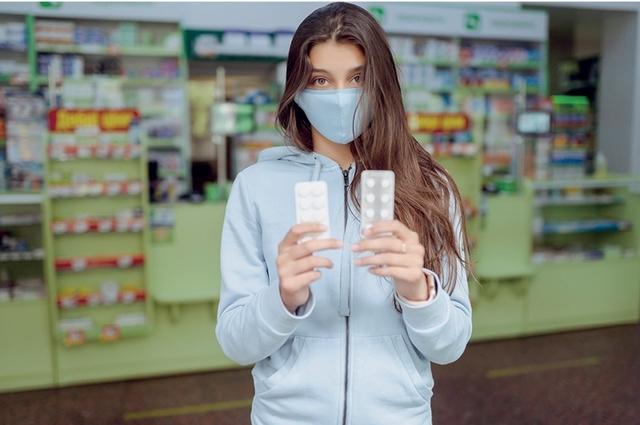 В составе большинства лекарств одно и то же действующее вещество, а отличие только в цене.