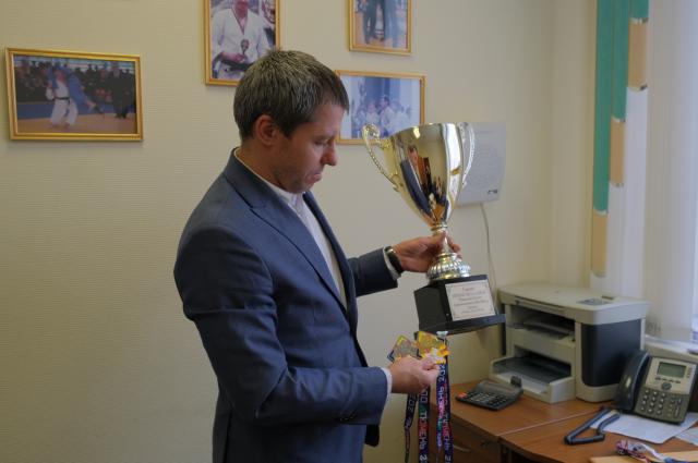 Исполнительный директор Тюменской областной общественной организации «Объединенная федерация дзюдо и самбо» Денис Вакушин.