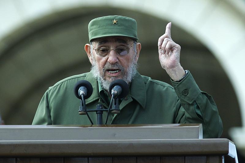 Фидель Кастро выступает перед собравшимися в Гаване. 28 сентября 2010 года