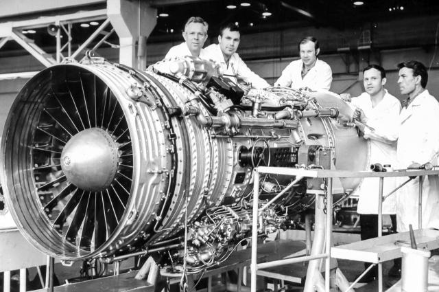 Сборка двигателя Д-30.