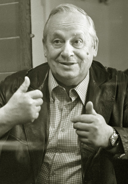 Народный артист СССР, актер Московского театра Сатиры Георгий Менглет