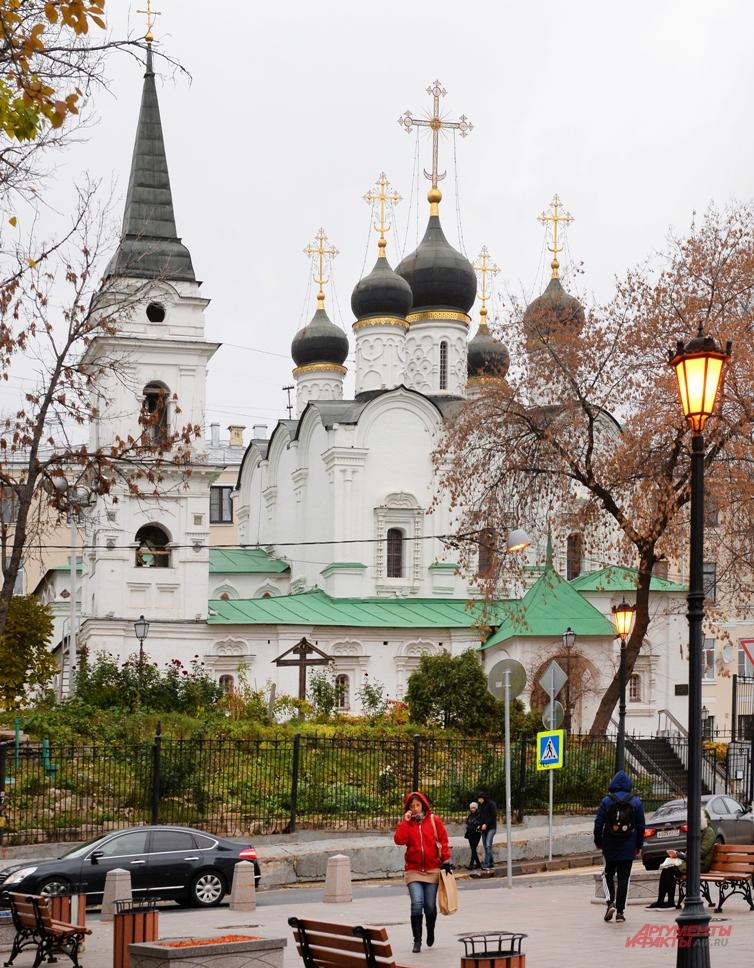 Храм Святого Владимира «сшит» из кусочков истории.