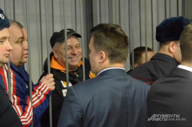 Алфосов, Вышинский и Тесленко на суде.
