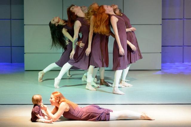 В постановках театра участвуют даже самые маленькие артисты.