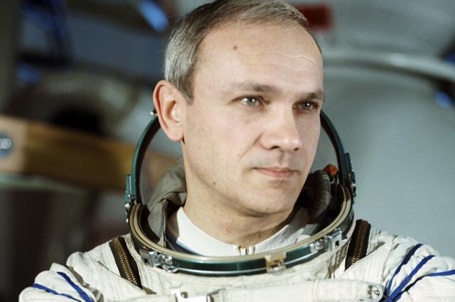 Владимир Джанибеков.