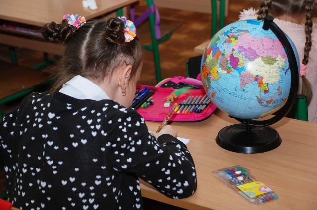 Рабочий стол школьника должен соответствовать его росту.