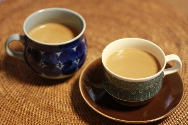 Имбирный чай с молоком очень полезен для здоровья.