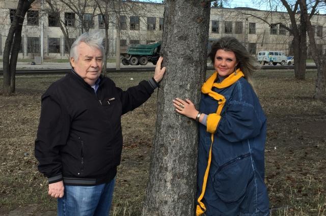 Эдуард и Инна Тушевы в парке Победы