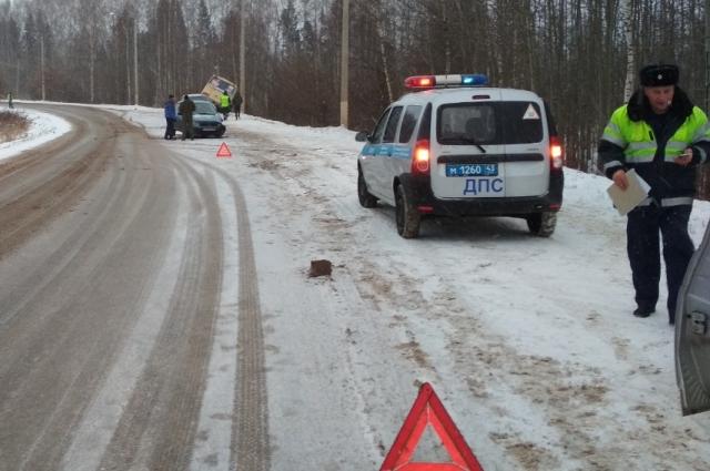 Обстоятельства аварии выясняют сотрудники ГИБДД.
