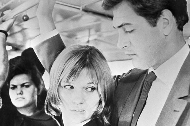 Галина Польских и Юрий Васильев в кинофильме «Журналист». 1967 год.