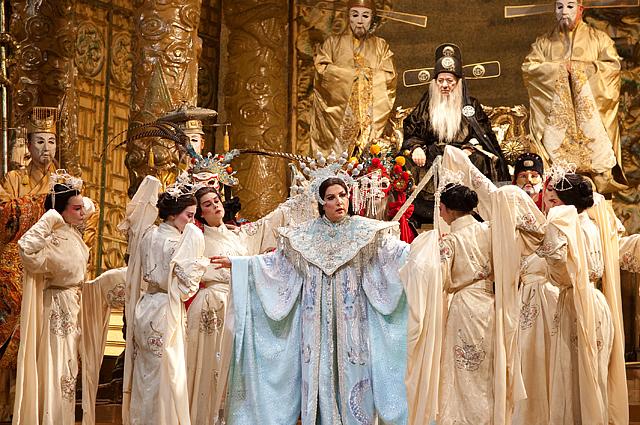 Мария Гулегина в опере Турандот Джакомо Пуччини. 2009 год