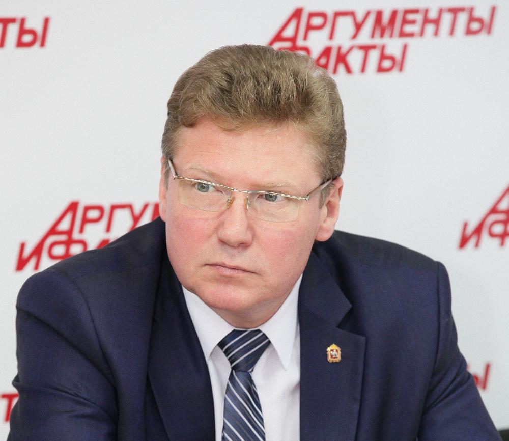 Алексей Бетехтин уже много лет возглавляет министерство культуры.