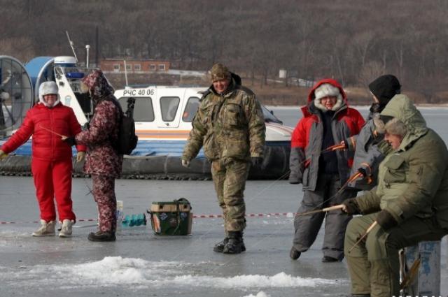 Зимняя рыбалка - не такой уж экстрим.
