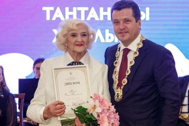 Стелла Писарева.