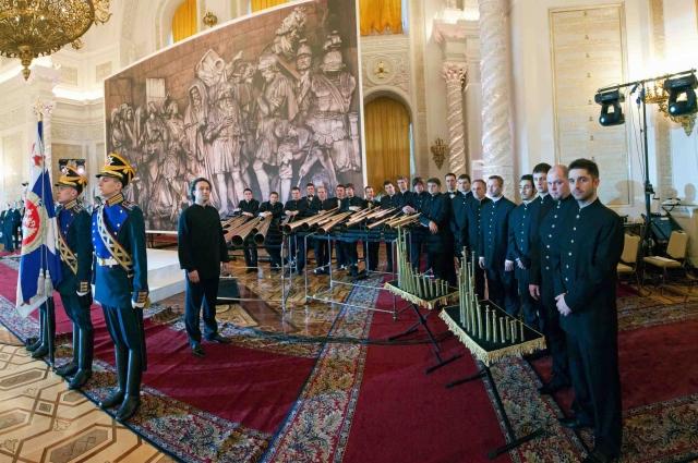 Петербургский коллектив возрождает традиции  мастеров прошлого.