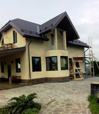 Такой дом построила многодетная семья в Подмосковье