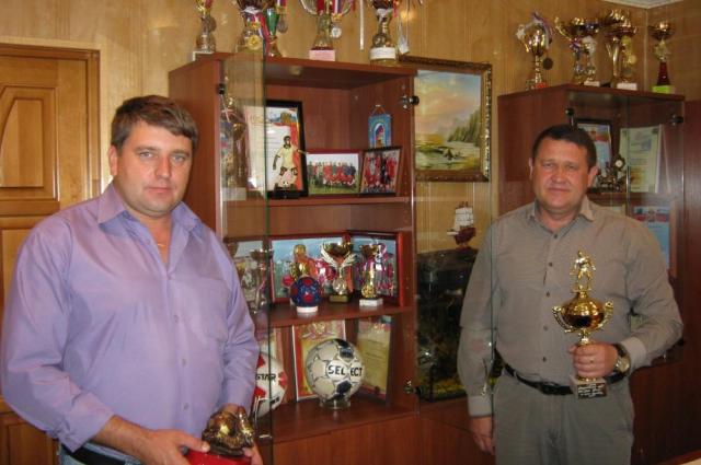 В ООО «Заря Дона» коллектив живёт не только работой. есть даже своя футбольная команда, которая успешно играет в чемпионате района.