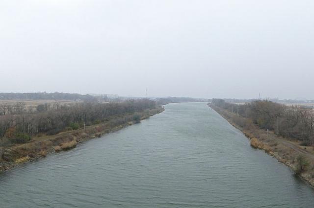 Протяженность Волго-Донского канала 101 километр.