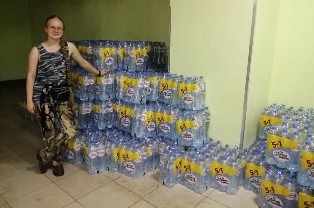 Склад гуманитарной помощи в Тулуне.