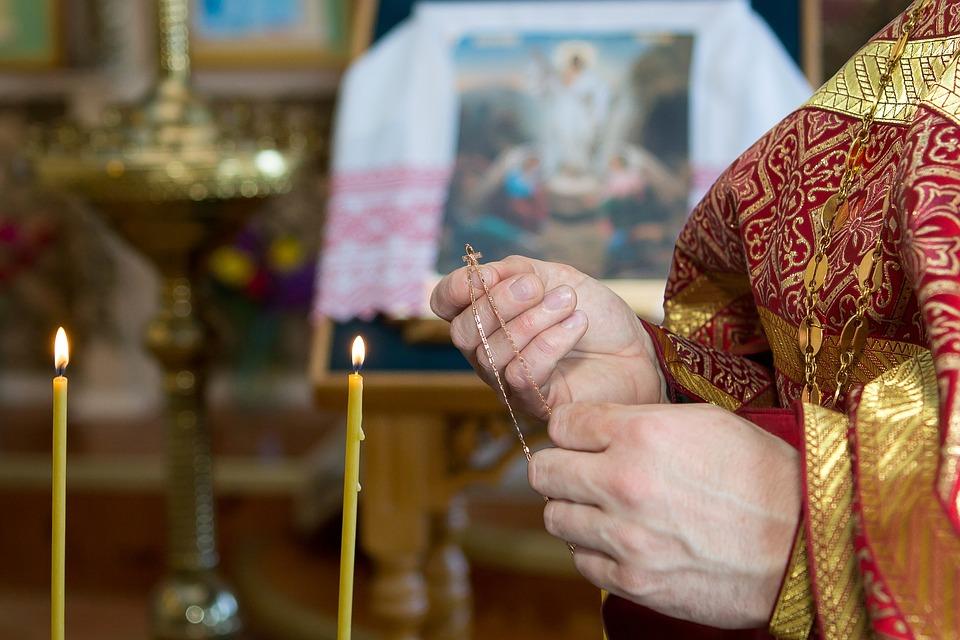 Новогодние выходные - подходящее время для того, чтобы сходить в храм.