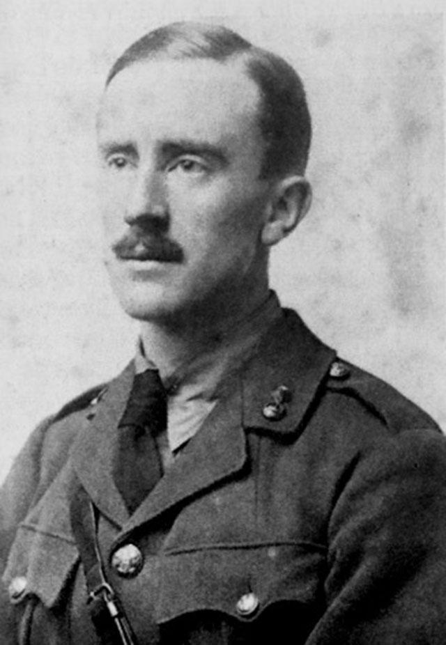 Джон Толкин в 1916 году.