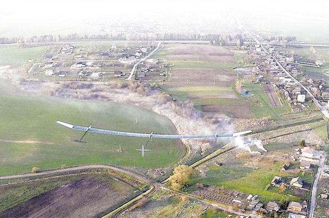 Размах крыльев «Совы» - 27 м. Этот аппарат может обеспечивать связь в труднодоступных районах, наблюдать за происходящим на земле и в воздухе.