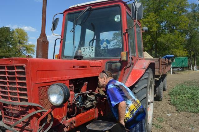 С трактором, как с человеком - хочешь узнать, поработай с ним в полевых условиях