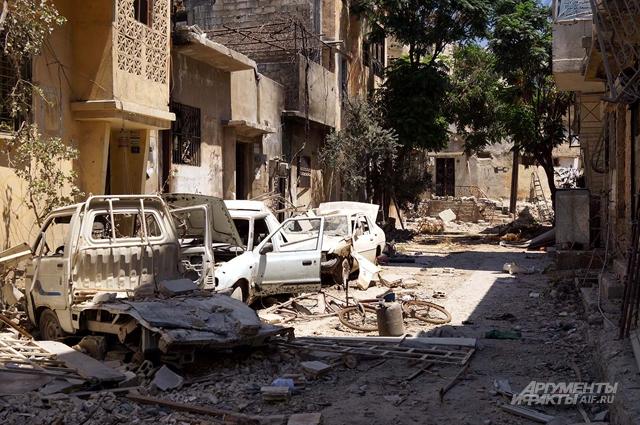Улицы Хомса, оставленные боевиками