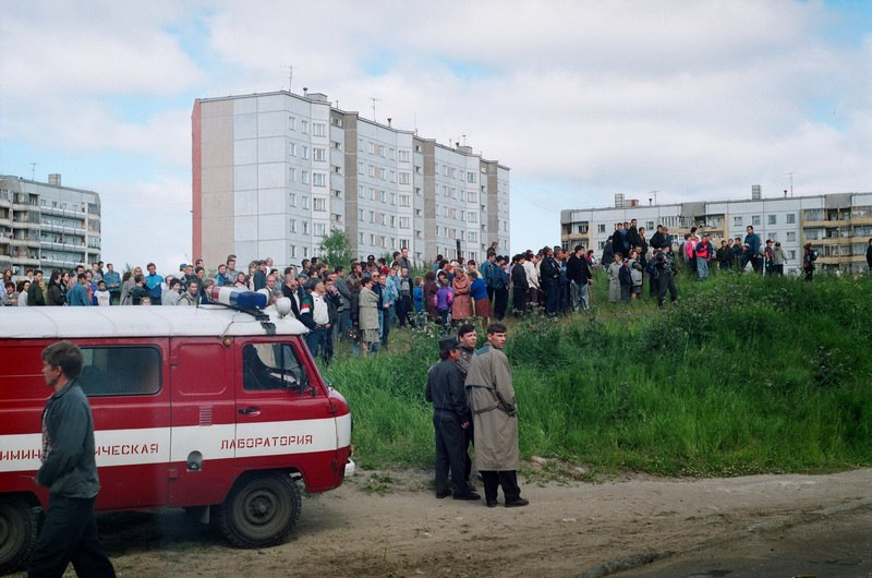 очевидцы тушения пожара после взрыва бытового газа в Архангельске по пр. Ленинградскому, 107, июль 1997 года.