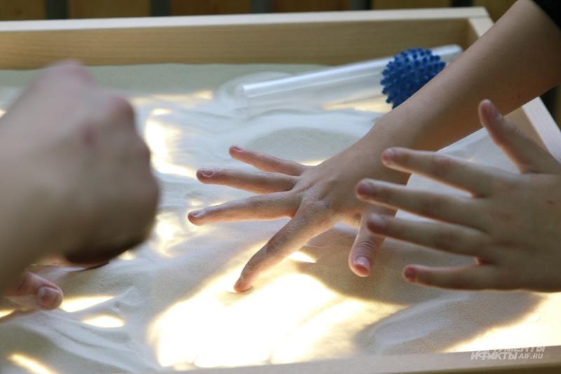 Песочная терапия для детей с сенсорными нарушениями