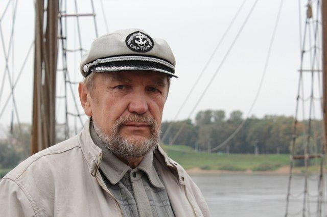 Виктор Дмитриев