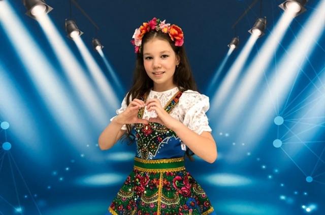 У Ани свой стиль исполнения. Особенно хорошо получаются песни в жанре этно-стиль, фолк-рок.