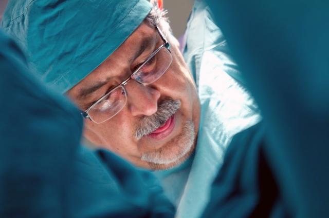 Пластический хирург Мохаммад Джавад