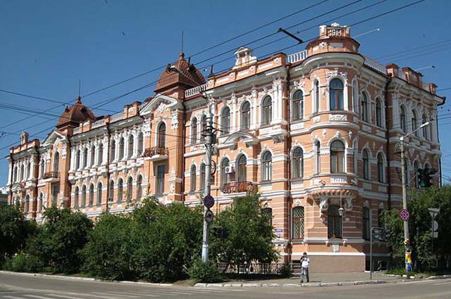Дом братьев Шумовых на ул.Ленина в Чите.