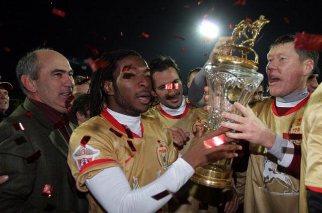 Курбан Бердыев в 2008 и 2009 году выиграл чемпионат России по футболу